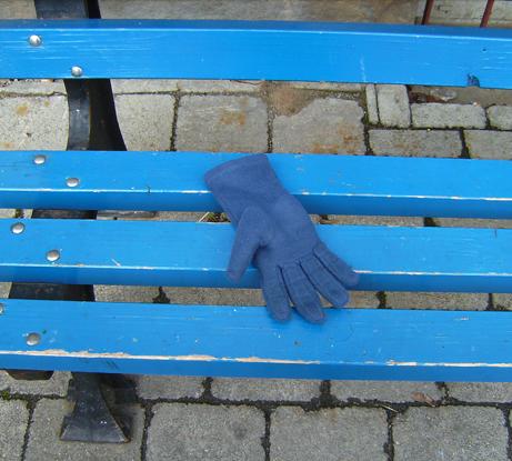 handschuh-blau-1k